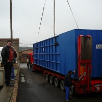 Transport of compact purification plant