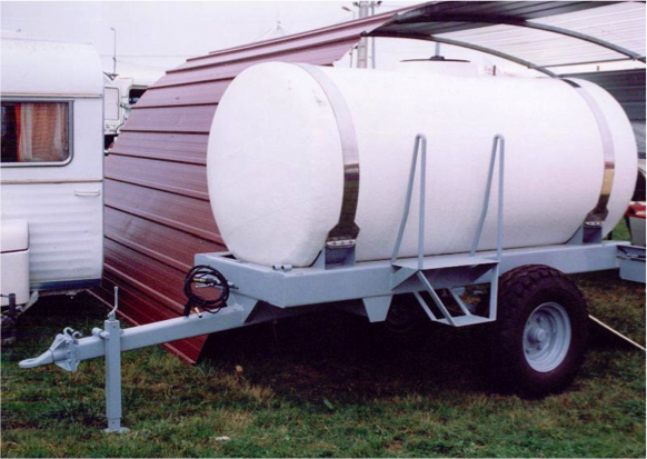 Horizontal tanks for transport